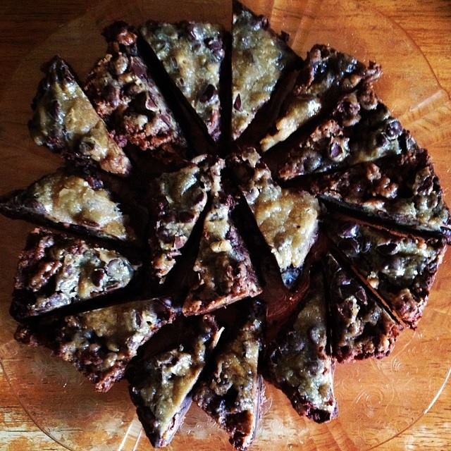 chocolate chip pecan pie bars